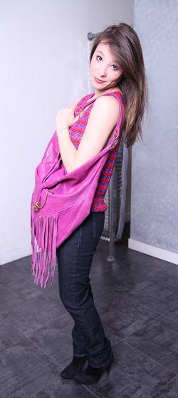 IMG_0178 Julie portant un sac Velvetine_web