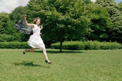 Mélanie robe blanche 1 pr France Mag hd